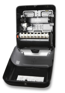 Despachador Tork Matic® con diseño Elevation® de Toalla Rolla Negro