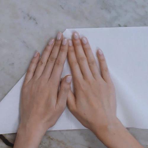 how-to-fold-a-pyramid_original.jpg